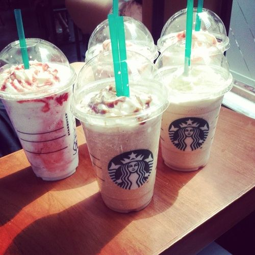 cus starbucks is 1 for 1 today ?☕? Whitechick Aftergym Broke