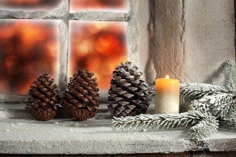 ШИШКИ свеча окно