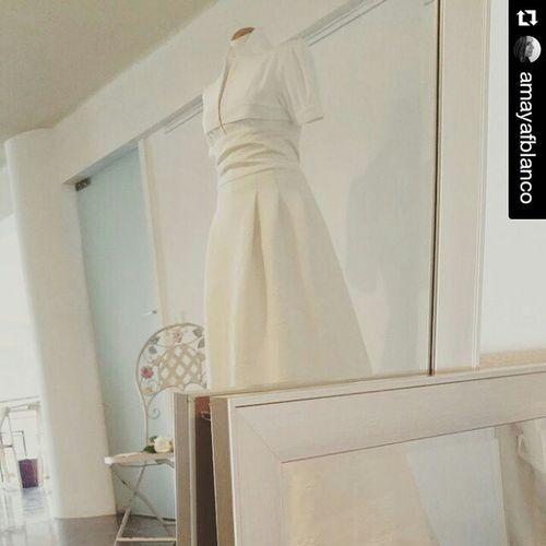 Repost @amayafblanco ・・・ Hoy hace una semana del evento Idoido Moda Modamadingalicia Wedding Bride Weddingdress 5junio Eventos @aleafloristerias Bride Bridedress SPAIN Hautecouture HECHOaMANO Handmade Novia Novias Blanco Vigo Instavigo SPAIN Galifornia Conceptstore