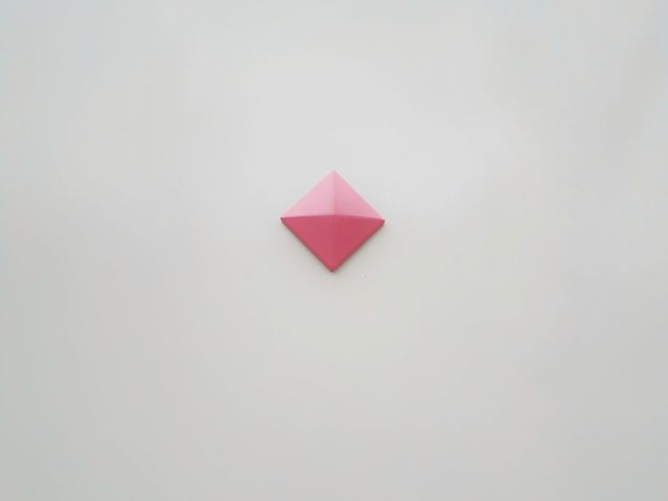 Geometric Shape Shape Rombo Rhombus 3D Rhombus 3d Rhombus Pink Pink Color Pastel Colors Rombo White White Background Symbol Botton Triangle Shape No People Red Day Outdoors Close-up