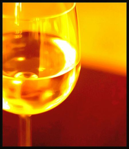 Alcohol Drinking Glass Wineglass Illuminated Close-up Wine Half Full Drink Crystal Glassware Indoors  Tranquil Scene Eye4photography  Focus On Foreground Streamzoofamily EyeEm Gallery Portrait Creative Photography Scenics The Way Forward Tranquility Straight Ahead Streaming Got Wine? Sippingwine Clink Your Glasses