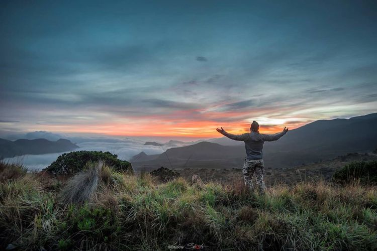 Long Goodbye Tourism Nature One Person Mountain Landscape Cloud - Sky Grass Hiking Photography Themes Vacations Beauty In Nature Tourist Adventure Romantic Sky Sky Photographer Summer Camera - Photographic Equipment Forest Sunset Long Goodbye Live For The Story