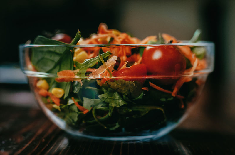 Bowl Chopped Close-up Container Focus On Foreground Food Food And Drink Freshness Fruit Glass Glass - Material Healthy Eating Indoors  No People Red Salad Still Life Table Tomato Transparent Vegetable Vegetarian Food Wellbeing