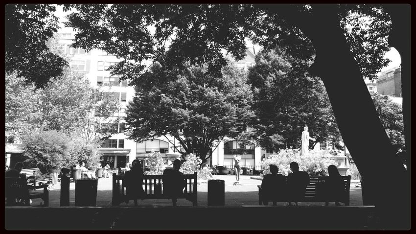 Relaxing Streetphotography Blackandwhite Monochrome