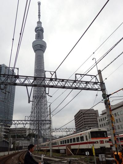 OLYMPUS SH-50 Tokyo Sky Tree Electric Wire Train
