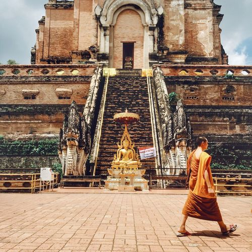 Spotted In Thailand Hello World On The Road Lonely Temple
