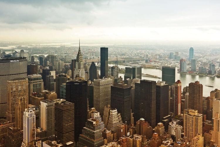 Aerial view of brooklyn against sky