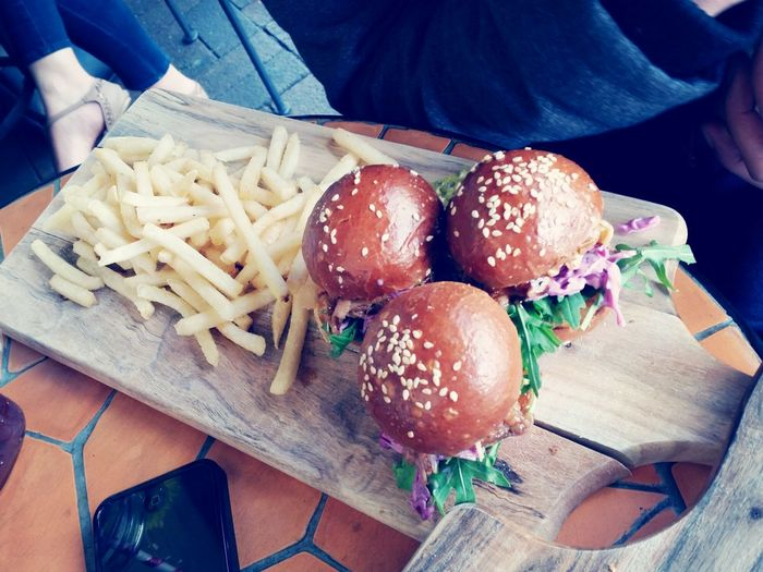 Sliders and fries Paperplanecafe