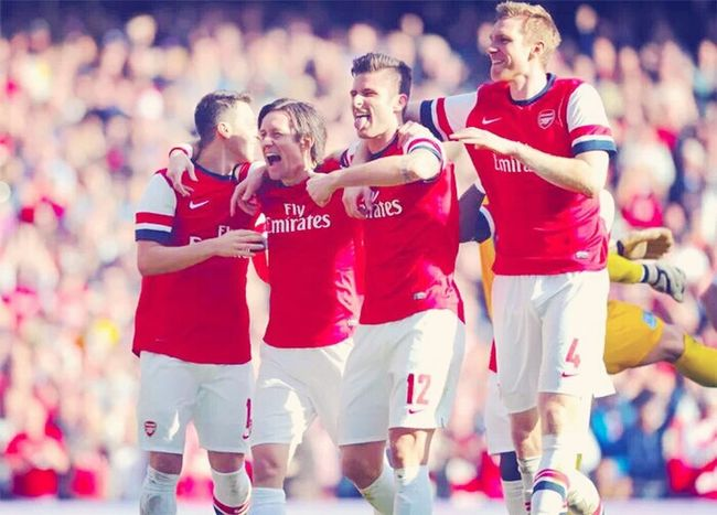 Özil Rozza Giroud BFG Arsenal FC