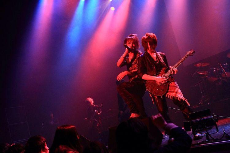 "Live Performance Of ""Lu-ke"" Performed In 2013.1.28 Akasaka BLITZ. 〈19〉"