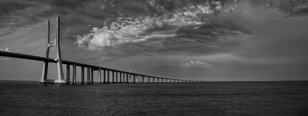 Bridge Cloud - Sky Engineering Lisboa Portugal Sky Vascodagama Water