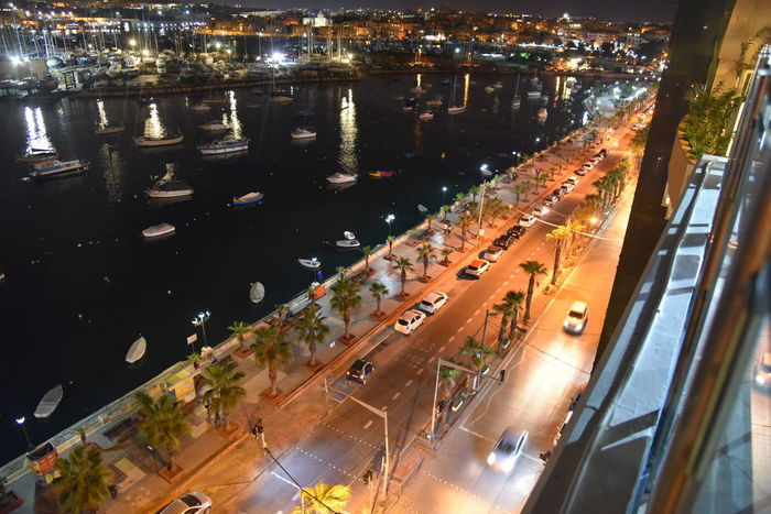 Malta Meer Nachtfotografie Architecture Beleuchtung Boote Building Exterior Built Structure Car City Cityscape High Angle View Illuminated Land Vehicle Meerblick Mode Of Transport Night No People Outdoors Road Straße Street Traffic Transportation