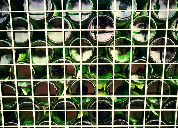 Backgrounds Full Frame Pattern Metal Green Color Grün Weinflaschen Wein Weird Wine Winebox Winebottles Huawei P9 Leica HuaweiP9 EyeEmNewHere Huaweiphotography Art Is Everywhere EyeEm Diversity Day Flaschensammlung Flaschen  Glas Glass 3XSPUnity 3XSPhotographyUnity