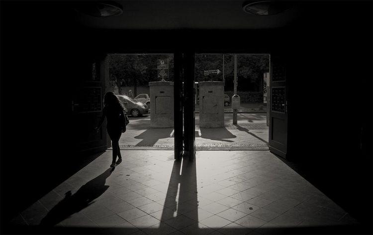 Monochrome Blackandwhite Light And Shadow Streetphoto_bw