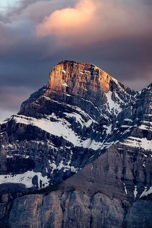 Last light Two Jack Lake Banff National Park  Alberta Canada Canada Mountain Sunset Travel Destinations Travel Photography Explore Snowcapped Mountain Travelphotography Landscape_Collection Landscape_photography Landscape
