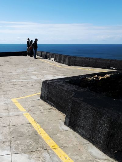 Horizon Over Water Outdoors People Day Sky Sea Geometry Minimalism Portugal Nazaré  Instagramer Umeugram