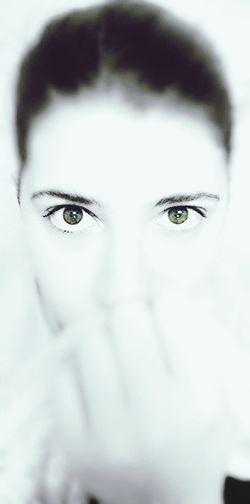 Les yeux sont le reflet de l'âme . That's Me Black And White Eyes
