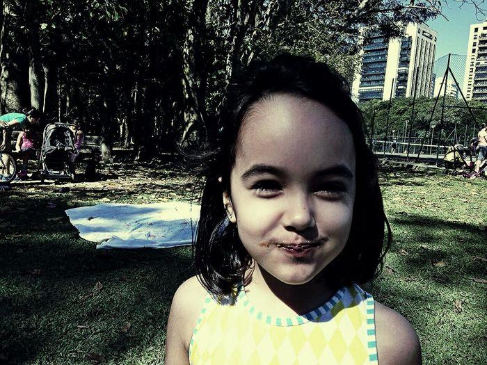 Luly. Minha sobrinha linda.