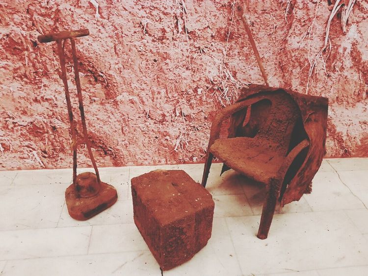 Old Objects Art Exposicion Artist Roberto Vieira Chair, Television And Floor Polisher History
