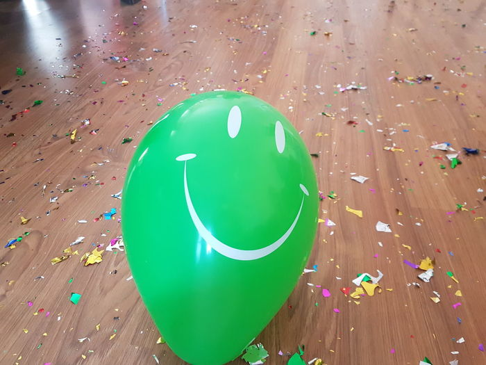 Balloon Celebration Close-up Confetti Day Green Color Indoors  No People Party - Social Event