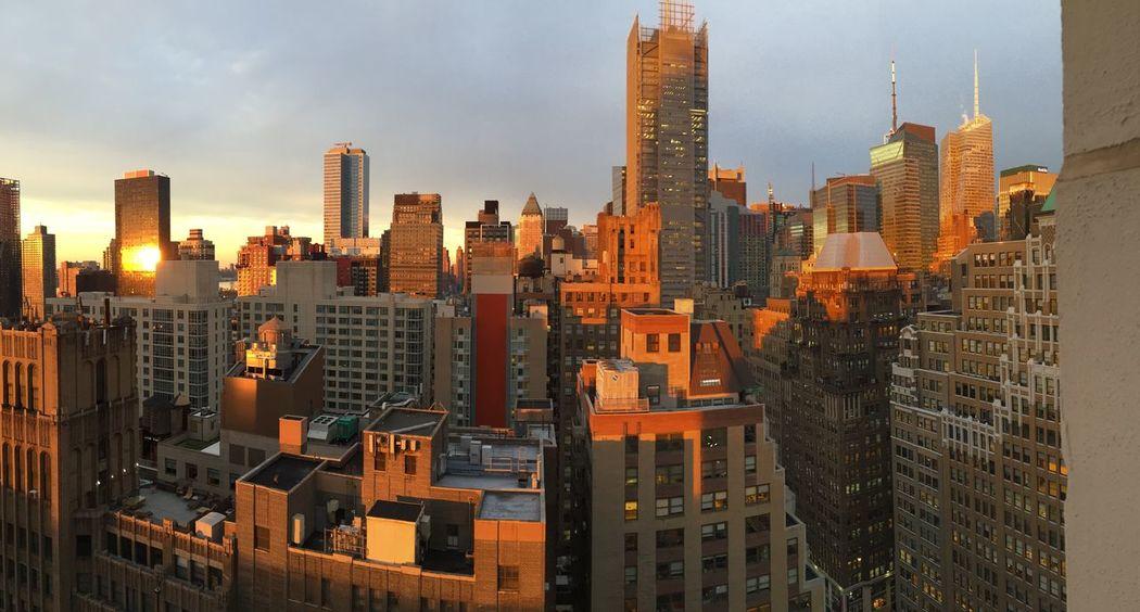 Newyorkcity Midtown NYC Nytimes Building Cityscape City Sunset