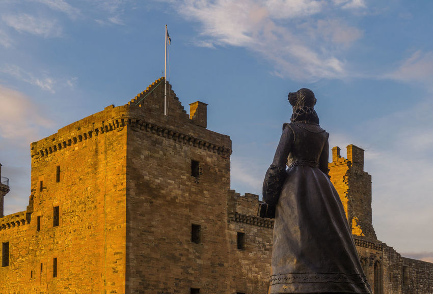 Mary Queen of Scots watching over her birthplace at Linlithgow Palace Blue Sky Central Scotland Clouds Historic Scotland Linlithgow Linlithgow Palace Listed Building Lowlands Mary Queen Of Scots Palace Renaissance Ruins Scotland Scottish Skies Statue Sunset Uk West Lothian