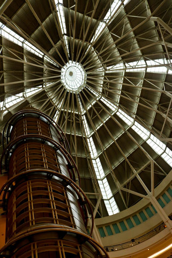 Interior part of Petronas Tower Architecture Eyeem Market Fresh On Market July 2016 Interior Design Interior Views International Landmark Petronas Twin Towers Canon Canonphotography