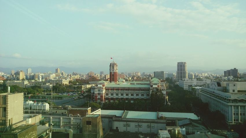 Taipei City Citylife Architecture The View And The Spirit Of Taiwan 台灣景 台灣情 Government Building General Archeology Old Buildings Top View 眺望總統府Taiwan presidential palace