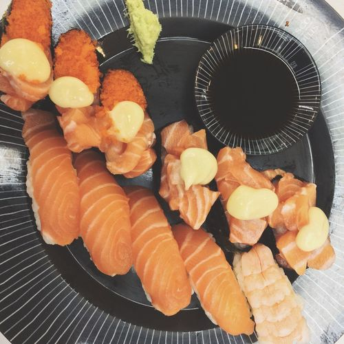 Salmon - Seafood Sushi Food And Drink Food Freshness Still Life Healthy Eating High Angle View Indoors  Japanese Food Close-up Seafood Directly Above Ready-to-eat No People SLICE