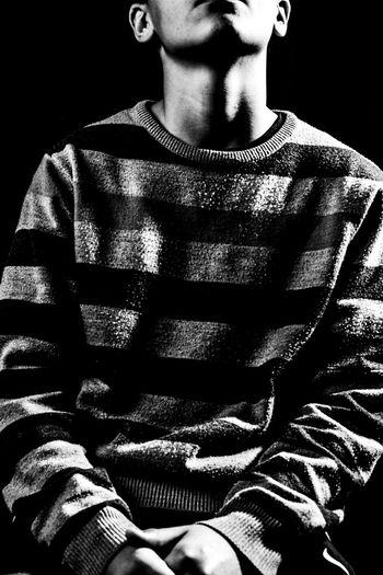 One Person Midsection Blanco Y Negro Black & White My Year My View Fashion EyeEmNewHere Break The Mold Moda Fashon Moda Fasion Mode