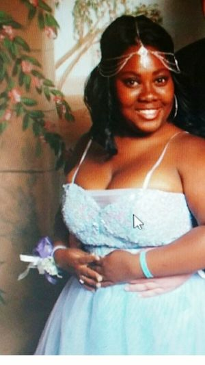 Every time i feel depressed or disgusting, i look at my prom picture because i was banging! With minimal amateur makeup! 👅😎 Novicemakeup Bangin😁😁😁😁😁😁 Prom 2013 Prom Echs Wildcats Betty Bbw