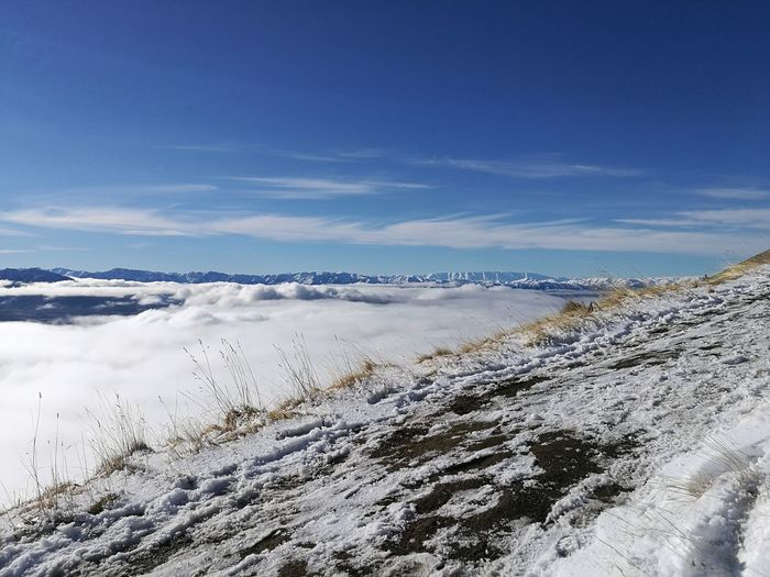 Roys Peak in Wanaka ❄📷🏕🏔Abovetheclouds  Scenics Outdoors Nature Cloud - Sky No People Tranquility Landscape Beauty In Nature Snow Wanderlust Nature Nature Photography Cold Weather Hikingadventures Leica Huawei P9 Picture Of The Day! Mountain Pure Photography Leica Lens Newzealandphotography Royspeak Cloudbed Clouds And Sky
