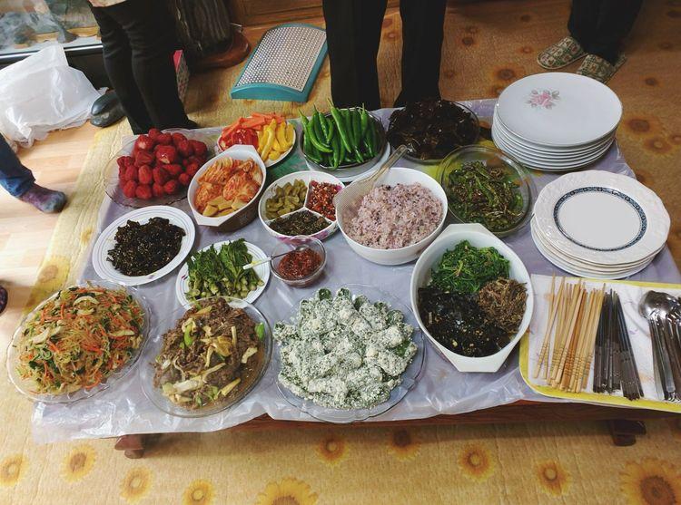 Mealtime Korea Korean Banchan Seaweed Bulgogi Soul Food Family Homecooked Homegrown