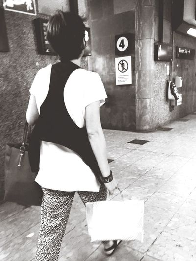 Street fashion Blackandwhite Monochrome Streetphotography Streetphoto_bw Notes From The Underground Eye4photography  Eye4black&white  Commuting Check This Out The Street Photographer - 2015 EyeEm Awards