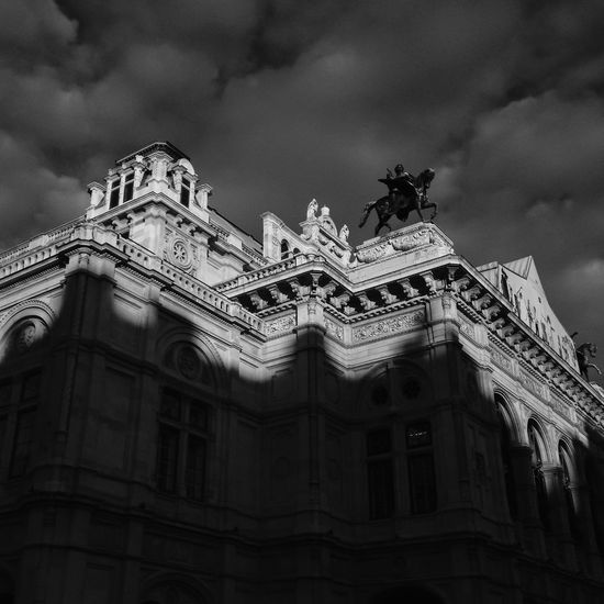The Vienna State Opera house Staatsoper in Innerstadt of Vienna Architecture Austria B&w Street Photography Black And White Building Building Exterior Built Structure Bw Cloud - Sky Cloudy Famous Place History Innerstadt No People Opera House Operahouse Opéra Outdoors Place Of Worship Sky Staatsoper Staatsoperwien Travel Destinations Vienna Wien