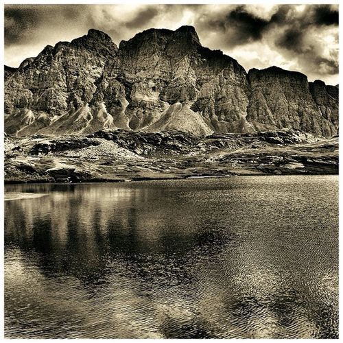 coolswissmountainlakeview Photography Bw Mountain Photooftheday Iphonesia Swiss Bnw Monochrom Snapseed Nature All_shots Camera IGDaily Noir Jj  IPhoneography Jj_forum Blackandwhite Iphoneology Sky Iphoneartist