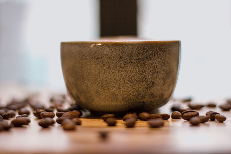 Coffee Coffee - Drink Coffee Cup Coffee Time Coffee Break Food And Drink Indoors  No People Selective Focus Food Close-up Brown Roasted Coffee Bean Still Life Table Freshness Wood - Material Wellbeing Organic Spice Large Group Of Objects Kitchen Utensil Healthy Lifestyle