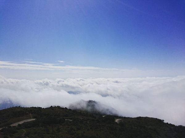 On the top of Hong Kong Clouds And Sky Mountains Blue Sky Cloud Sea (雲海)