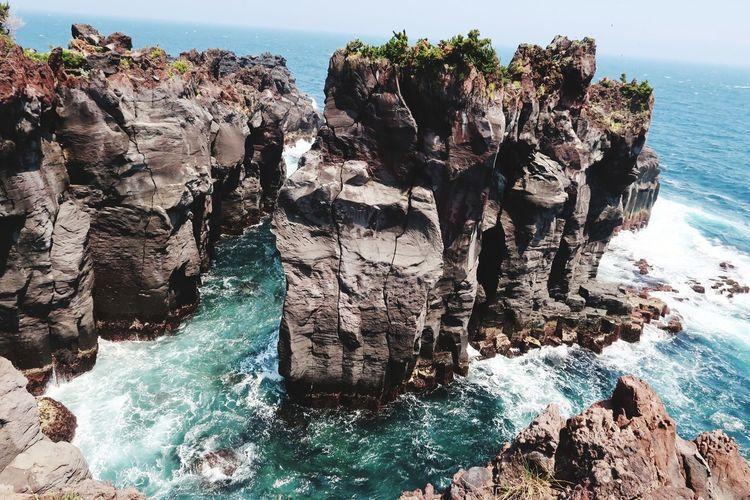 日帰り旅行 崖 城ヶ崎海岸 EyeEm Selects Water UnderSea Cliff Rock Face Cave Rock - Object Textured  Rock Formation Physical Geography
