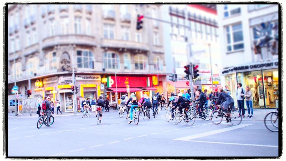 Bicycles City Life Demonstration Radfahren Radfahrer Street Streetphotography