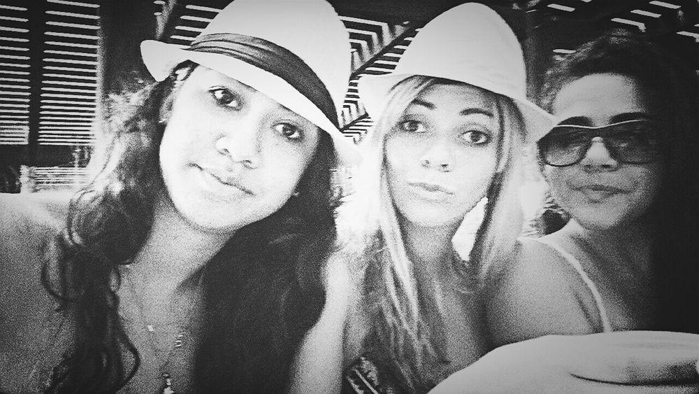 Morro De São Paulo Chicas Locas Bestfriends <3 That's Me