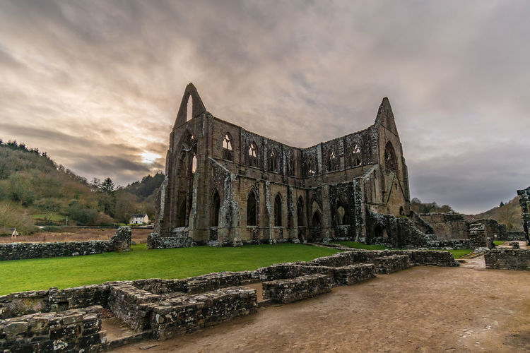 Tintern Abbey Abbey Abbey Ruins EyeEm Best Shots Conservation Preservation Church Church Architecture Architecture Architecture_collection Landscape EyeEm Best Shots - Landscape Old Ruin History Ancient Cloud - Sky Scenics Civilization Tranquility Cloud Countryside Sunset Beauty In Nature Silhouette