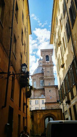 Battle Of The Cities Building Exterior Architecture Low Angle View City Sky Cloud - Sky City Life Torino Turinisagothamcity Torinoélamiacittá Torinodascoprire Torinodavedere