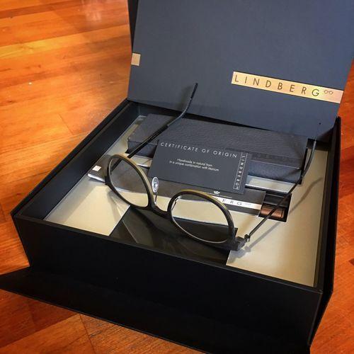 my new eyes 🤓 Eyeglasses  Lindbergeyewear Specs Obstacles Brillenschlange Brille Horn Wasserbüffel WaterBuffalo Holz Wood - Material Titanium Handmade