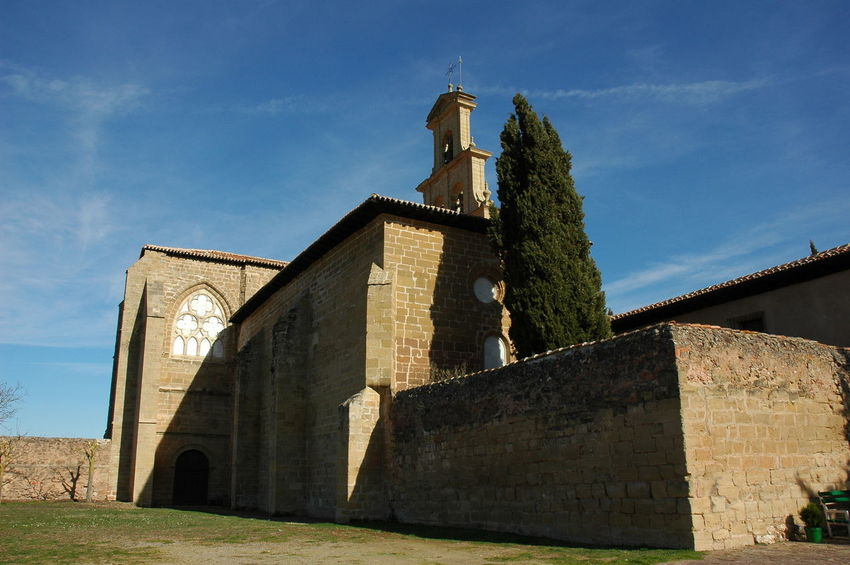 Monasterio De Cañas Built Structure Architecture Building Exterior Sky Place Of Worship Building Religion Nature Low Angle View Day Belief Spirituality History The Past Sunlight Travel Destinations Cloud - Sky Outdoors No People