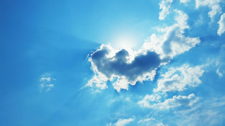 Clouds Cloud - Sky Blue Freedom Nature Day Bright Outdoors Sky Only Beauty In Nature Cumulus Cloud Cumulus Congestus
