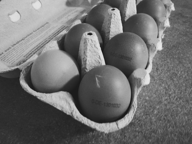 Eggs... Eggs For Breakfast HUAWEI Mate 10 Egg Food Food And Drink Easter No People High Angle View Indoors  Egg Carton Freshness Healthy Eating Close-up Day