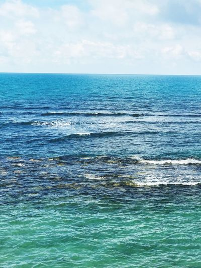Sea Beauty In Nature Nature Water Horizon Over Water Sky Scenics Tranquil Scene Tranquility No People Blue Rippled Outdoors Waterfront Day Cloud - Sky Tenger Mare Wheniwasanapple Régi Motoros Természet Beauty In Nature Nature Landscape Clear Sky