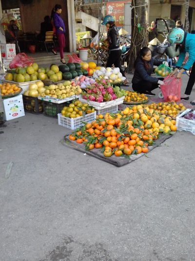 quầy hàng bán các loại quả tại phiên chợ quê Vietnam Fruit Market Food Market Stall Food And Drink Freshness Apple - Fruit