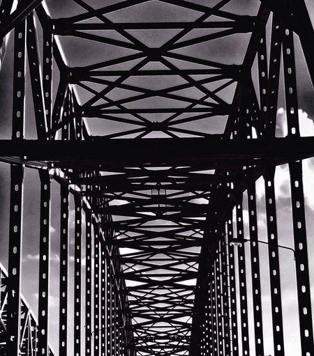 Symmetry and order Blackandwhite AMPt_community Bridge